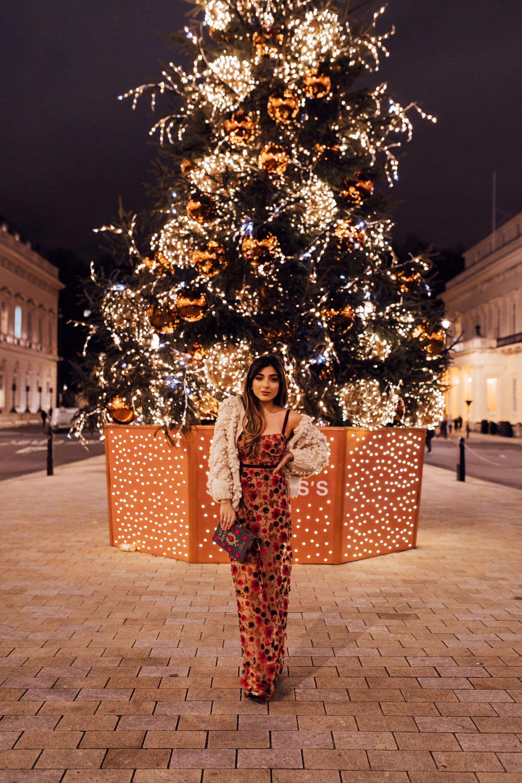 Amelia-December-extra-1